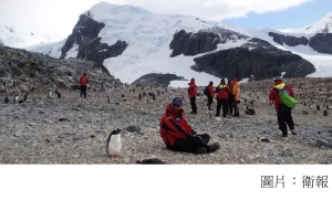 Antarctica's tourism industry is designed to prevent damage, but can it last? (衛報 - 20160626)