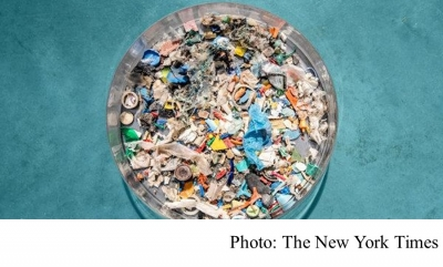 The 'Great Pacific Garbage Patch' Is Ballooning, 87,000 Tons of Plastic and Counting (The New York Times - 20180322)