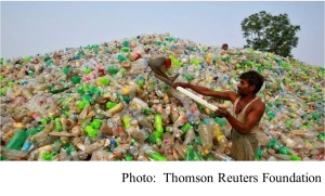 Everyday plastics emit greenhouse gases (Thomson Reuters Foundation - 20180801)